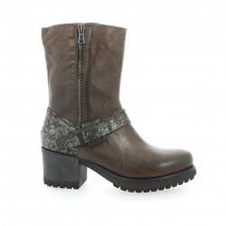 Cafe noir Boots cuir marron