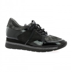 Pao Baskets cuir vernis noir