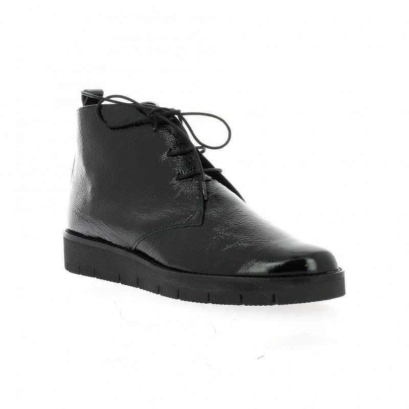 chaussures elizabeth stuart boots cuir vernis noir asoul 305. Black Bedroom Furniture Sets. Home Design Ideas
