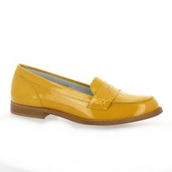We do Mocassins cuir vernis jaune