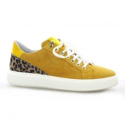 Pao Baskets cuir velours jaune