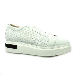 Benoite c Baskets cuir blanc